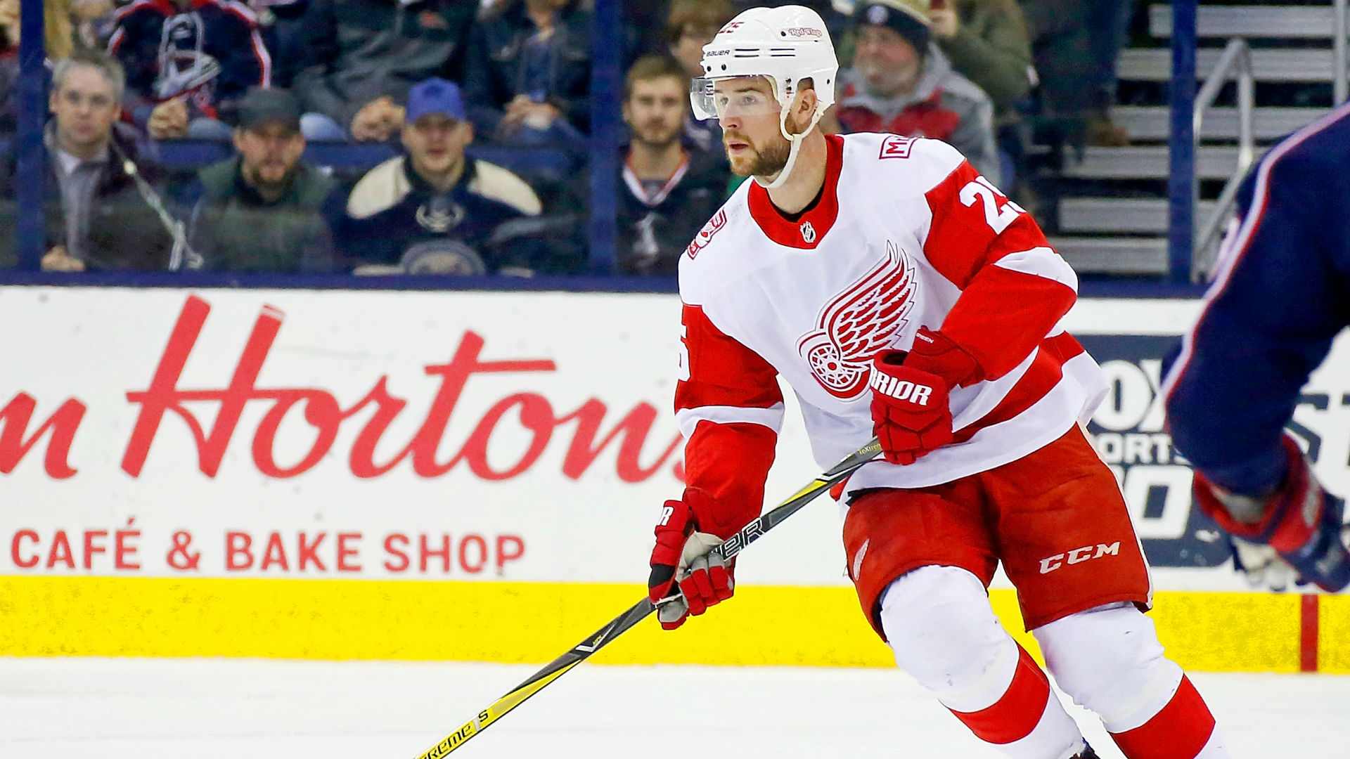 Red Wings D Green to undergo neck surgery