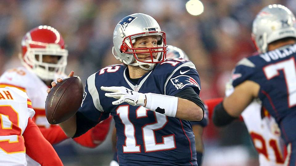 Tom-Brady-042017-USNews-Getty-FTR