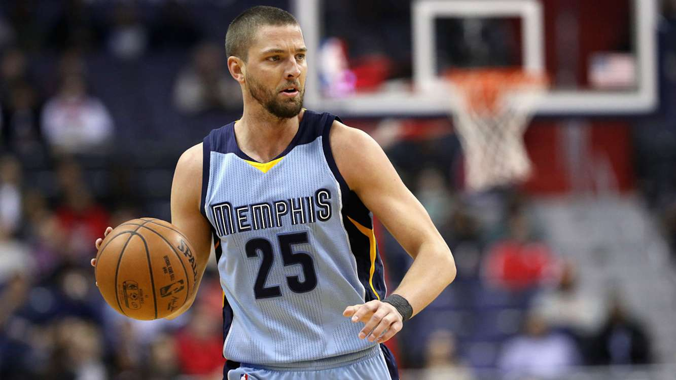 Grizzlies' Parsons to undergo season-ending knee surgery