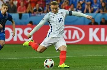 Allardyce to take Mourinho cue on Rooney