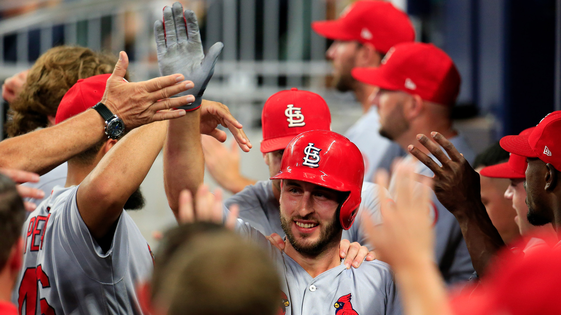MLB wrap: Brewers allow Cardinals to inch closer with loss to Reds