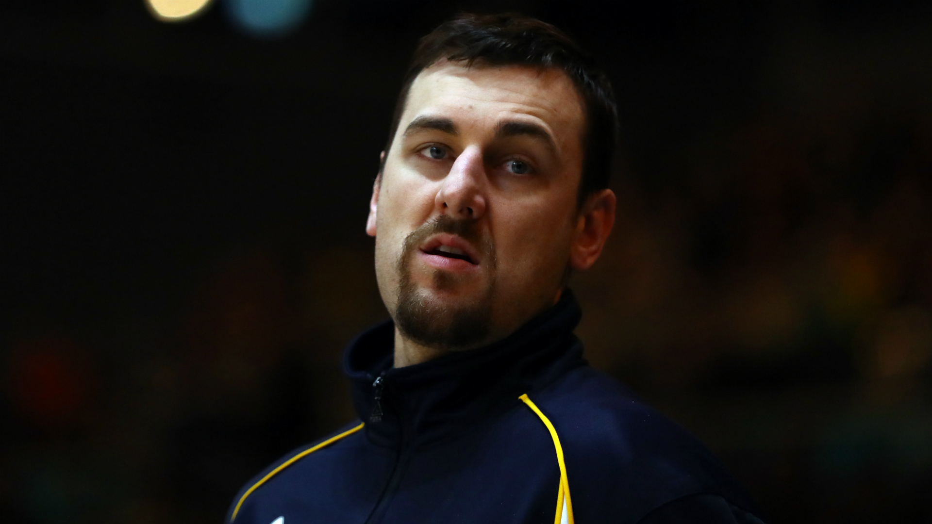 NBA star Andrew Bogut signs with Lakers