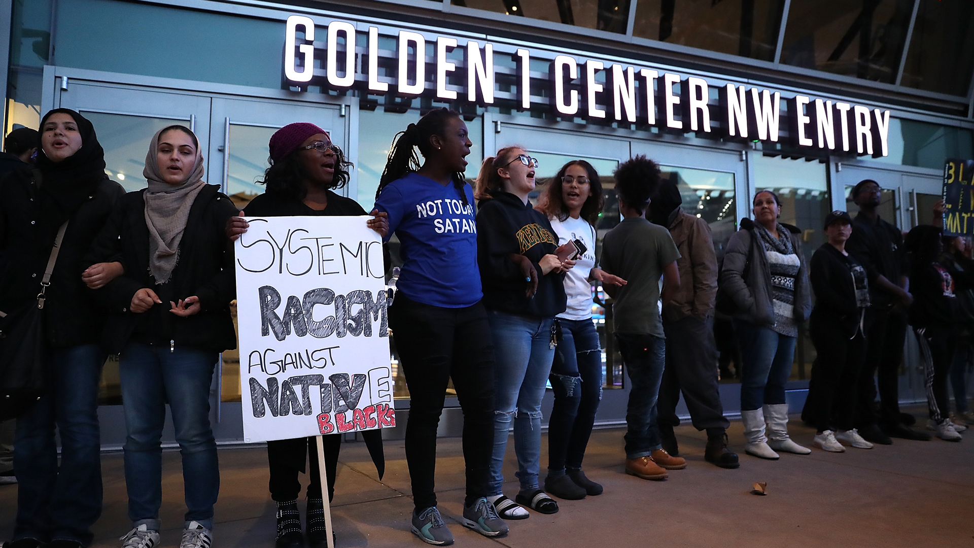 Sacramento Protesters Close Golden 1 Center Again Ahead of Kings-Mavericks Game