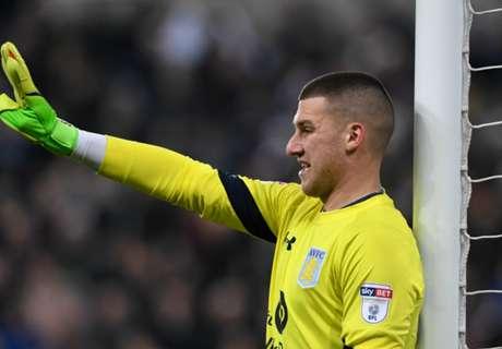 Man Utd GK leaves Old Trafford