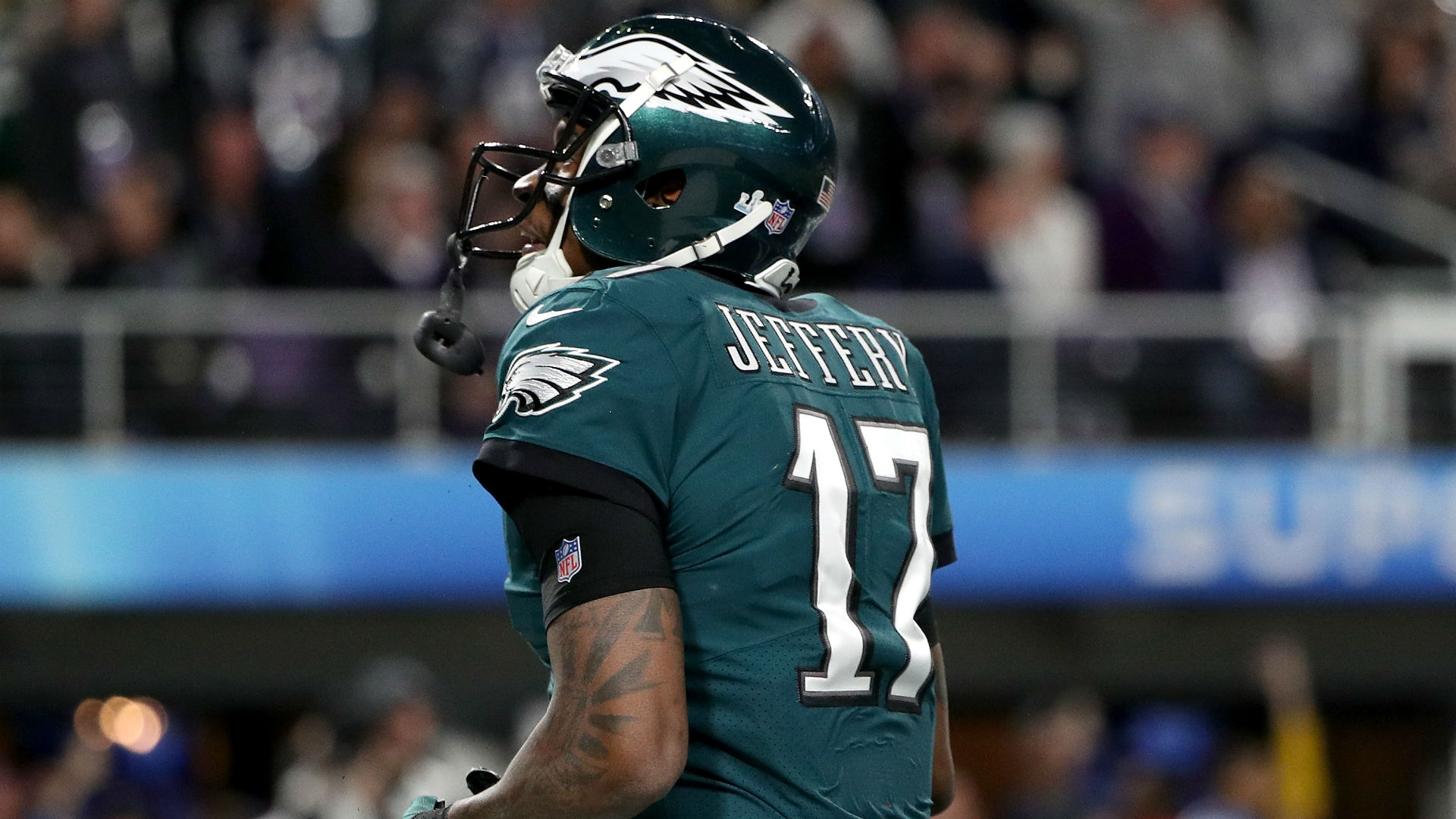 Alshon Jeffery has surgery for shoulder injury he played through all season