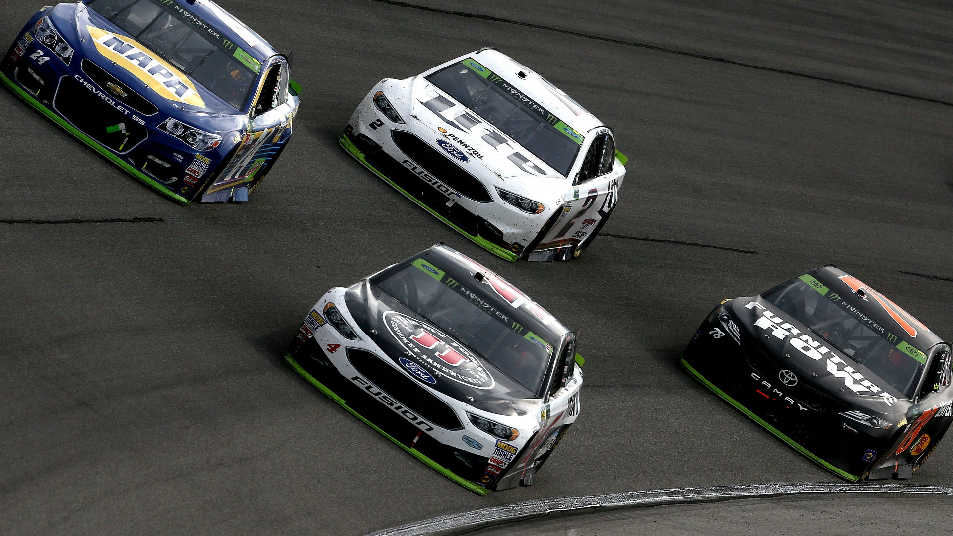 What are the betting odds for NASCAR at Atlanta?