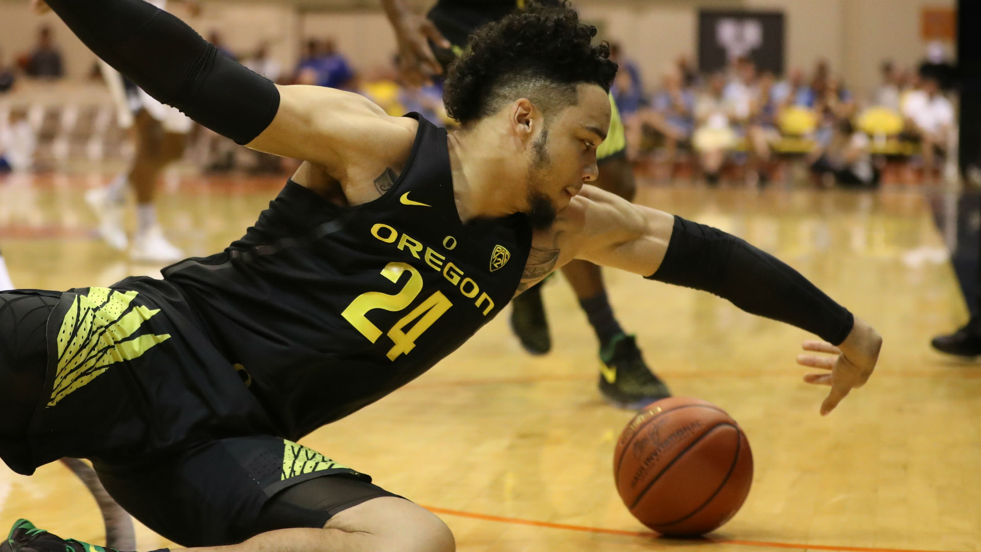 OR star Dillon Brooks ejected for kick to opponent's groin