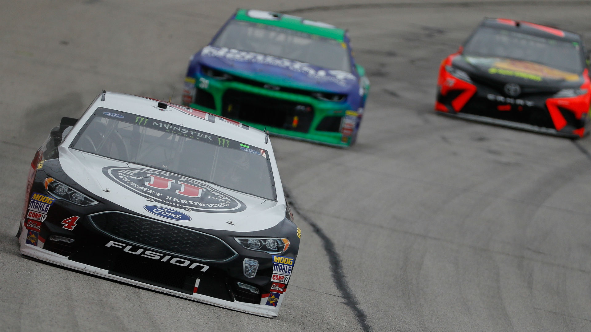 NASCAR at Dover: Odds, fantasy advice, prediction, sleepers, drivers to watch for Gander Outdoors 400