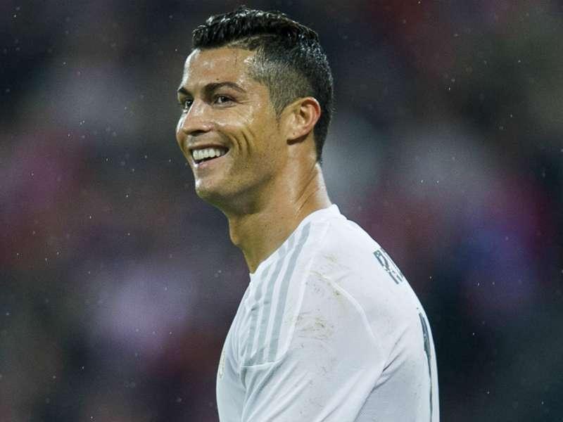 Benitez wants 'many more years' of Ronaldo at Real Madrid