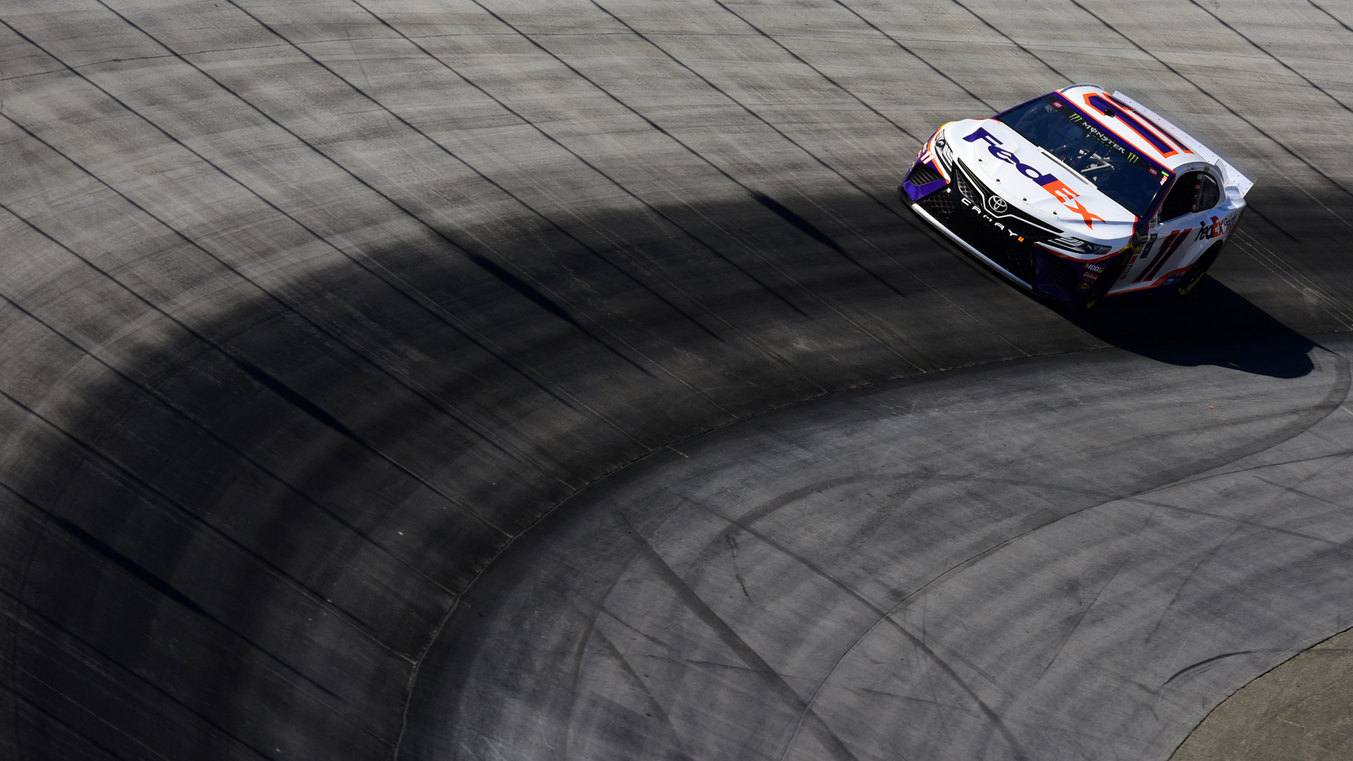 NASCAR starting lineup at Bristol: Denny Hamlin wins pole; full qualifying order set for Bass Pro Shops NRA Night Race