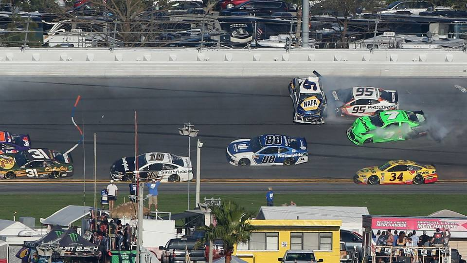 Watch: Danica Patrick\'s NASCAR career comes to an end in big Daytona ...