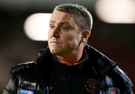 Blackpool manager Clark resigns