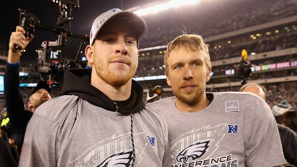 Chris Long on Eagles having Carson Wentz, Nick Foles: 'It's really a dream'