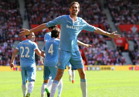 Crouch sets new PL record