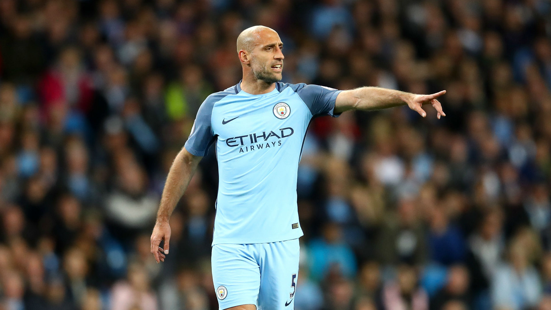 Man City says goodbye to legend Zabaleta in home farewell