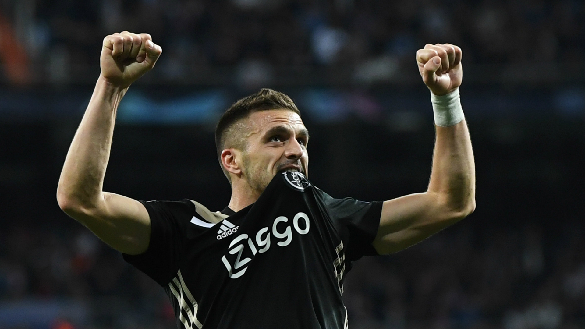 Tadic signs Ajax extension with deal to stay on as coach