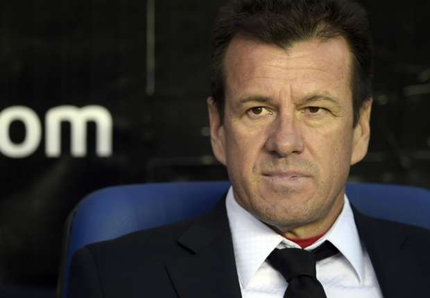 Dunga opts for experience as Brazil seek to bounce back