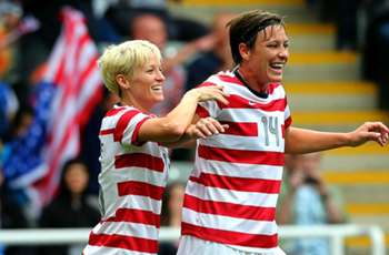 Abby Wambach, Megan Rapinoe to donate brains to concussion research