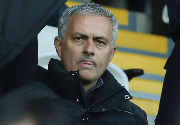 'We have players with problems' - Mourinho unhappy with United mentality