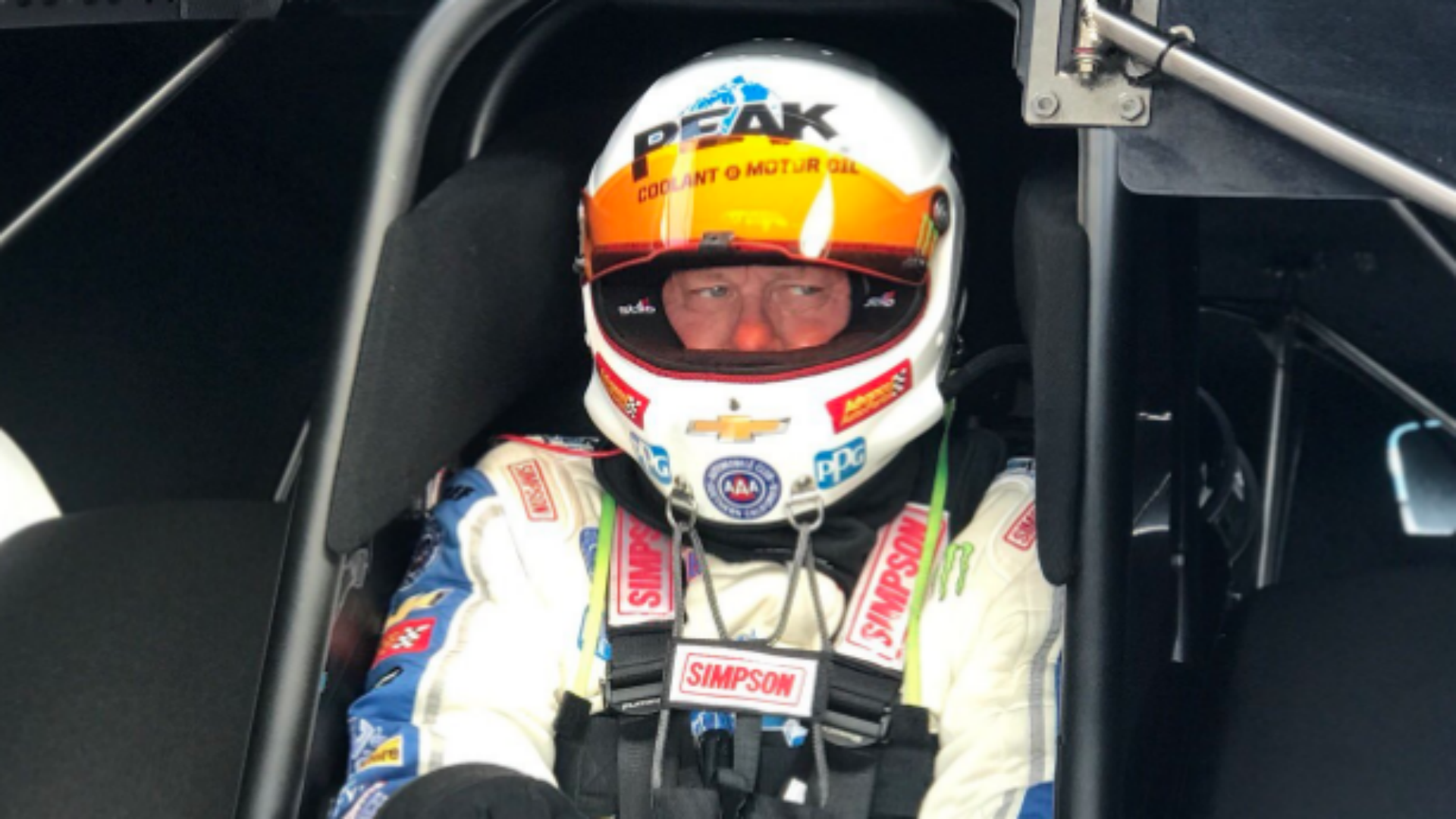 Force. Lindberg involved in second-round incident at NHRA Arizona Nationals
