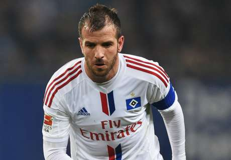 Van der Vaart set to leave Hamburg