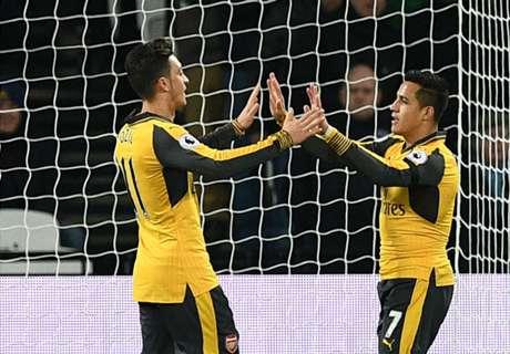 Wenger gives Ozil, Sanchez update