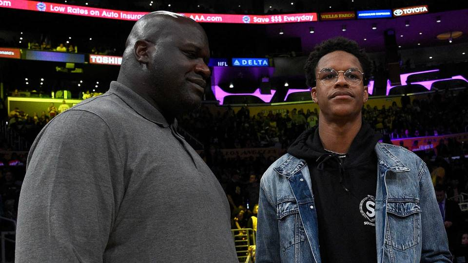 Shareef (right) and Shaquille O'Neal