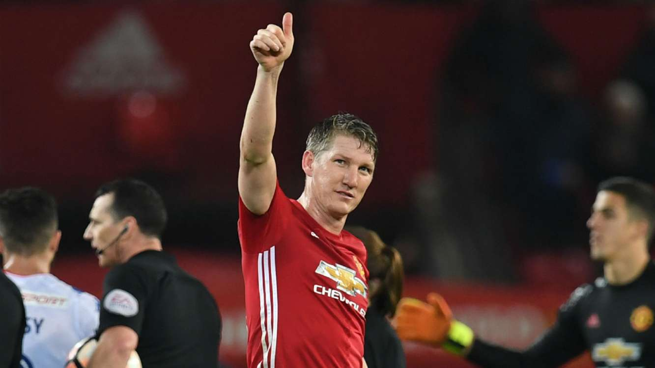 Schweinsteiger to leave Man United for Chicago Fire