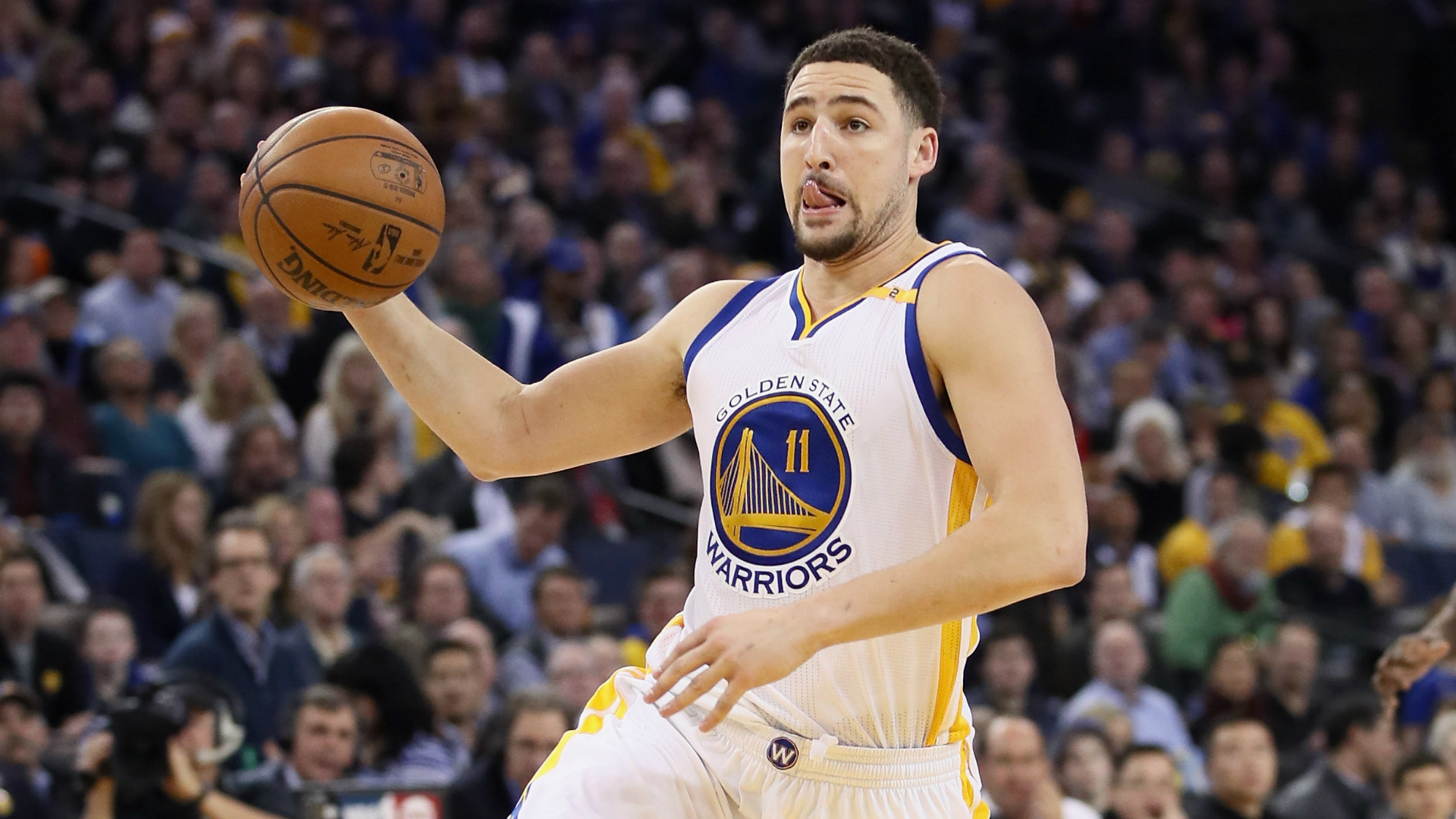 Klay Thompson out for at least four games with sprained right thumb
