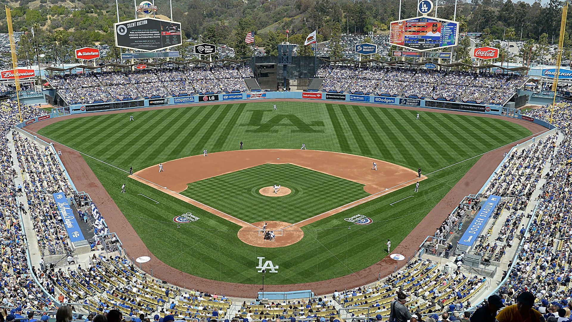 'The Sandlot' cast takes over Dodger Stadium to celebrate 25th anniversary