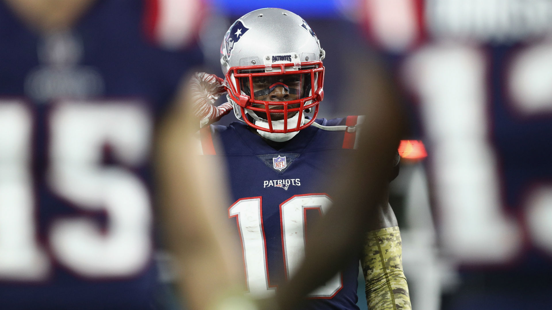 Patriots' Josh Gordon to step away from football