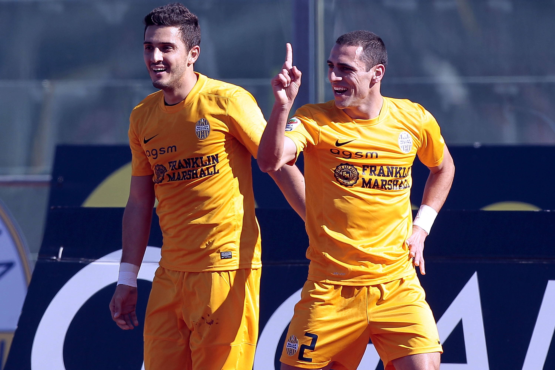 Football verona agree romulo deal with fiorentina sportal for Uniform verona
