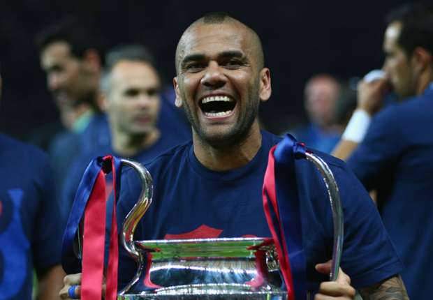 Dani Alves: It would be a pleasure to play for Milan