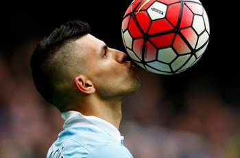 Aguero celebrates brother's Independiente debut