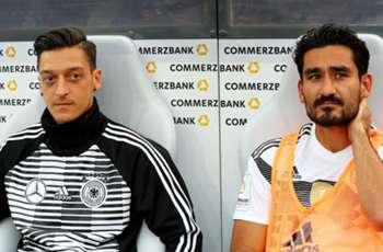 Ozil, Gundogan critics should 'shut up' - Klopp