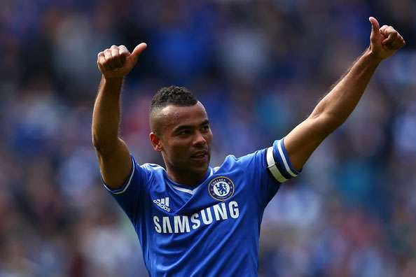 Manchester United or Liverpool should sign Ashley Cole - Powell