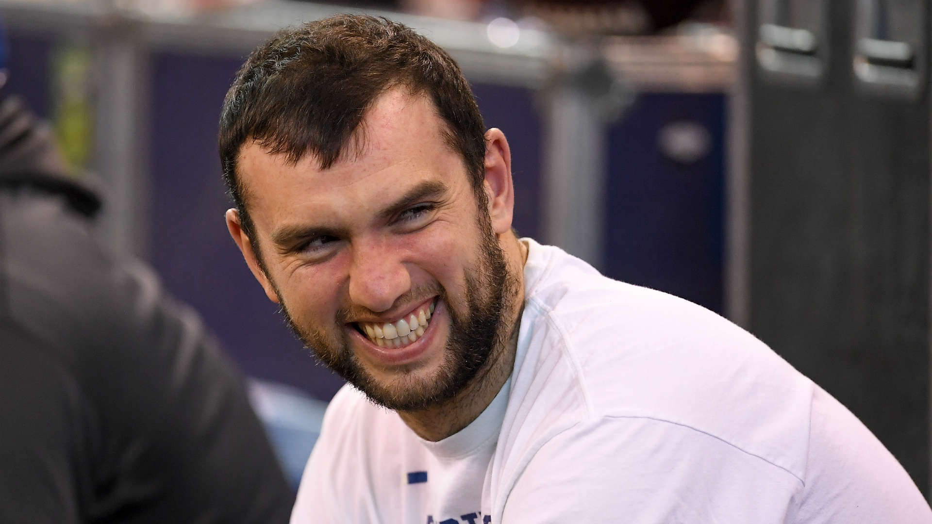 Andrew Luck tells Colts fans second shoulder surgery is 'not an option'