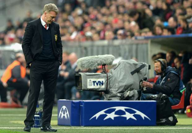 Moyes rues 'schoolboy defending' after Champions League exit