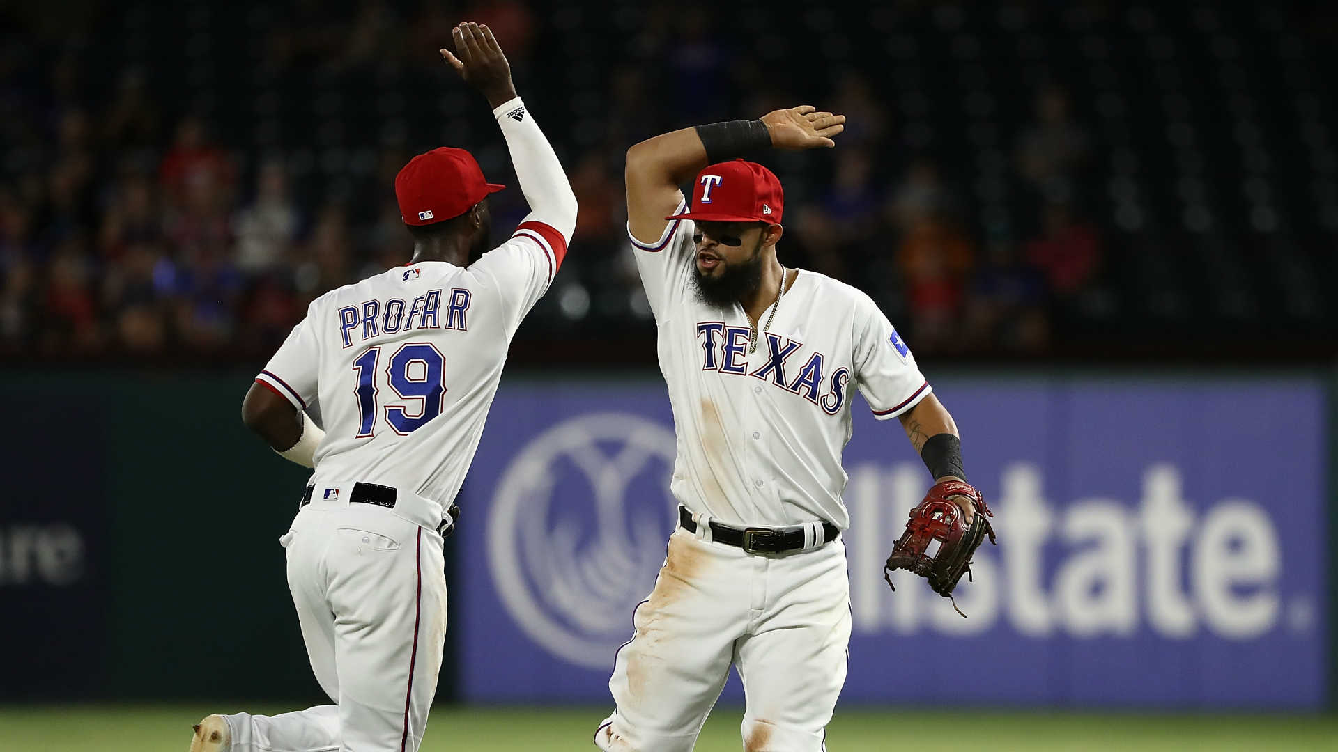 Rangers turn rare triple play vs. Angels