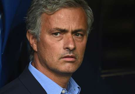Mourinho left short by Chelsea transfers