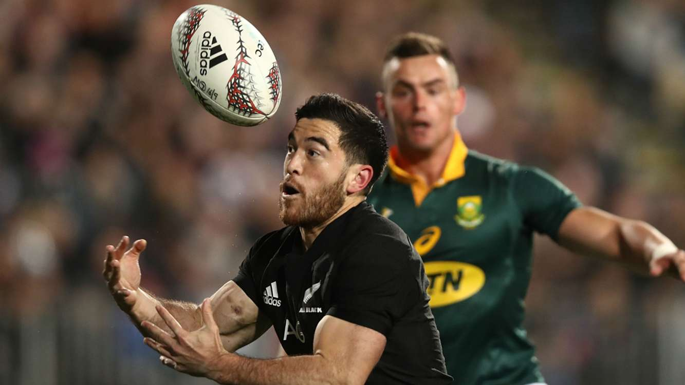 Luckless Milner-Skudder out for six months with dislocated shoulder