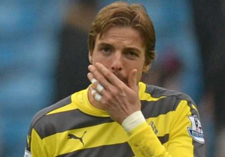 Krul 'devastated' with injury