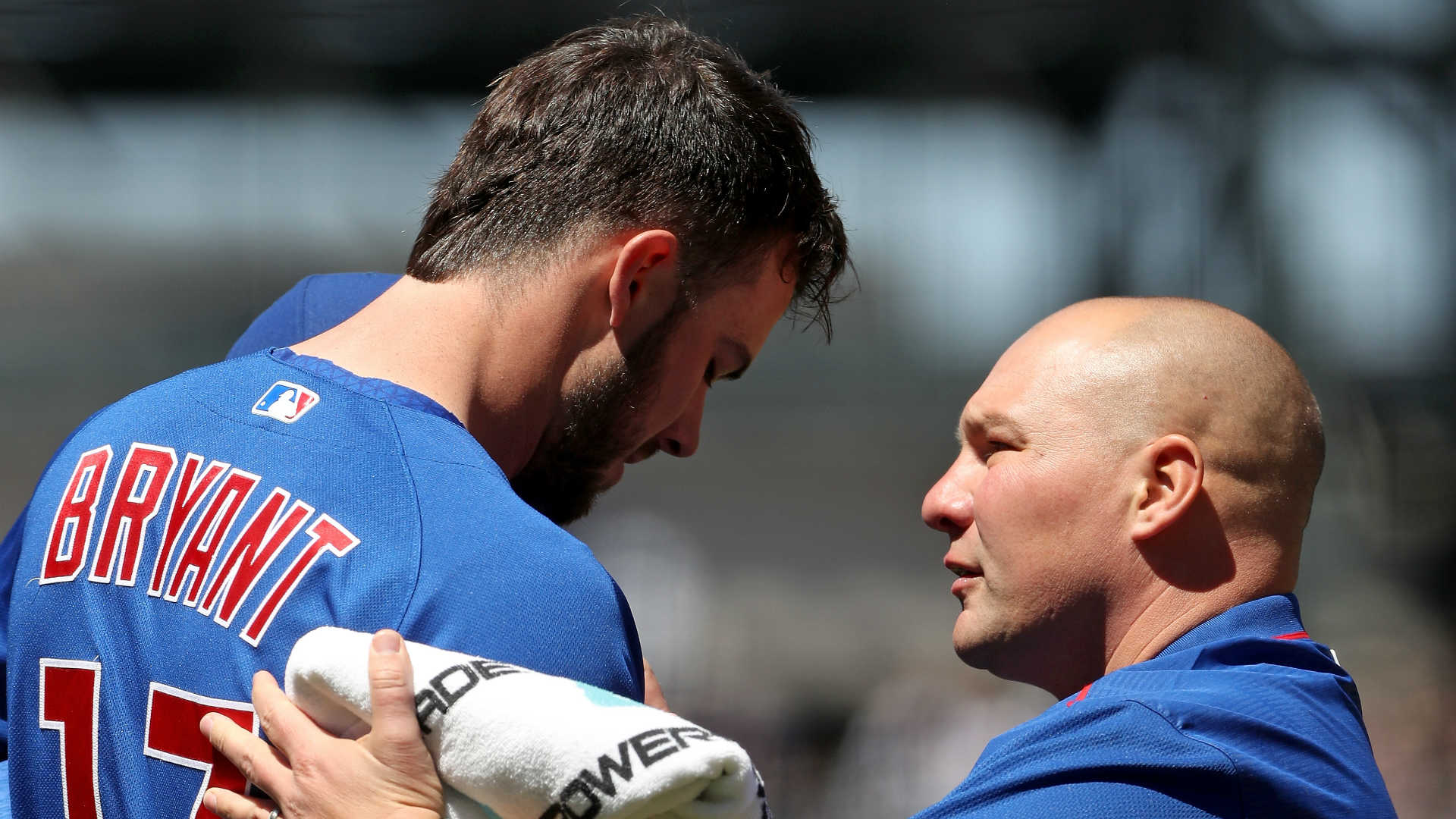 Hendricks, Cubs win, stop Brewers' 8-game win streak