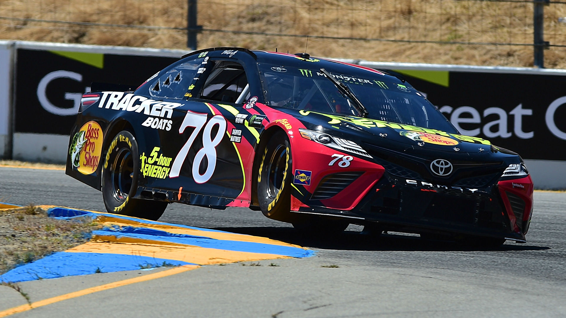 NASCAR results at Sonoma: Martin Truex Jr.'s team uses tricky strategy to win
