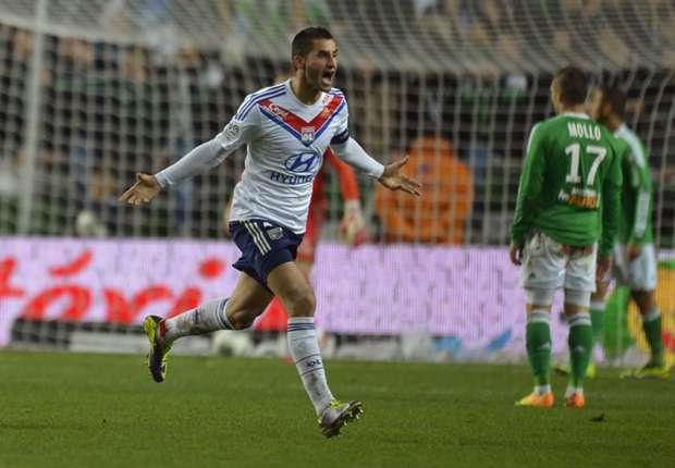 Lyon reject Napoli's €17m Gonalons bid