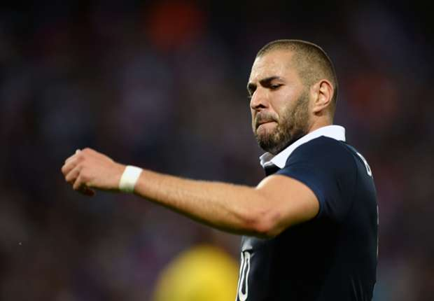 Benzema must eat humble pie and succeed for the sake of French glory