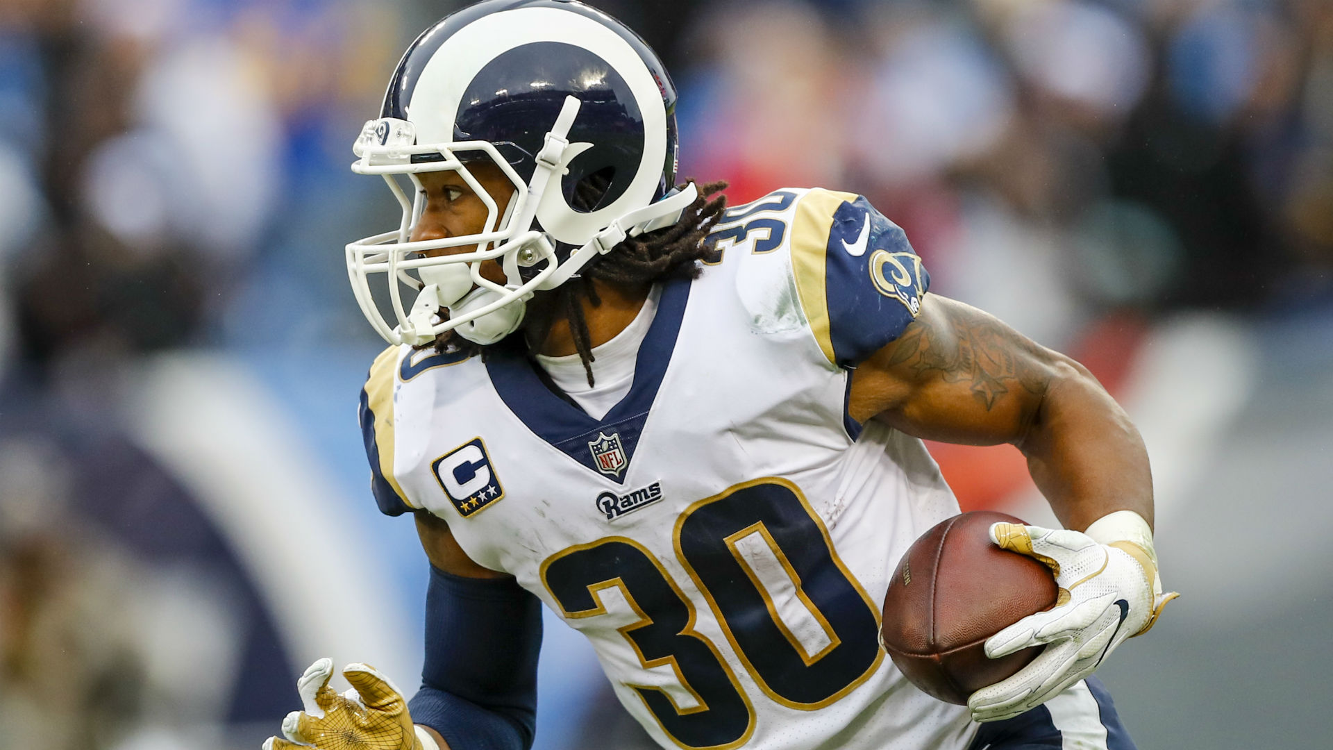 Rams pick up fifth-year options on Todd Gurley, Marcus Peters