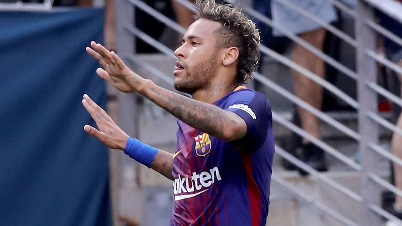 Barca star Neymar confirms China tour after U-turn