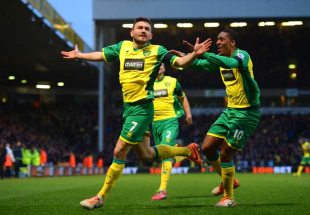Hughton hails Norwich players after pressure-lifting win over Tottenham