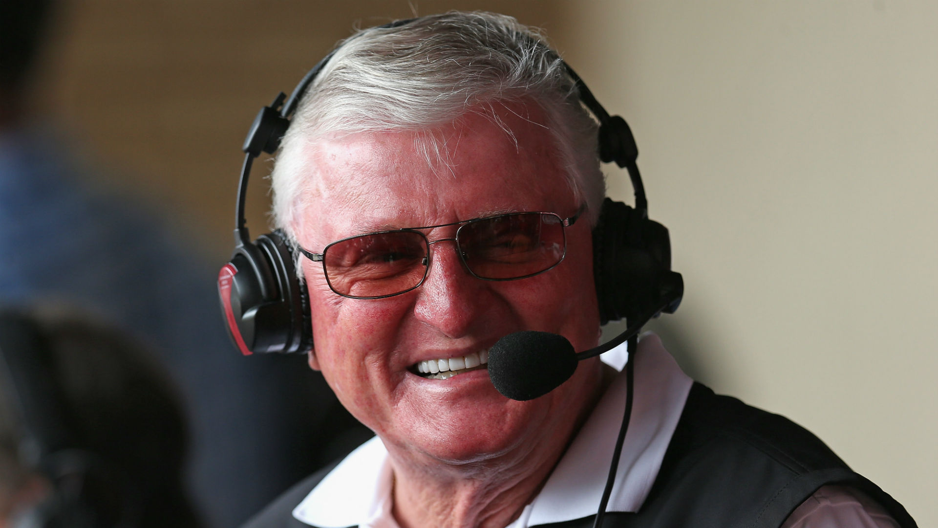 Hawk Harrelson to retire after 2018 season